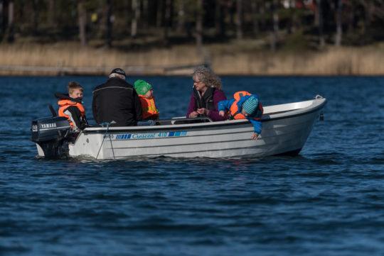Några båtar fiskade strömming, såg ut ytt gå riktigt bra